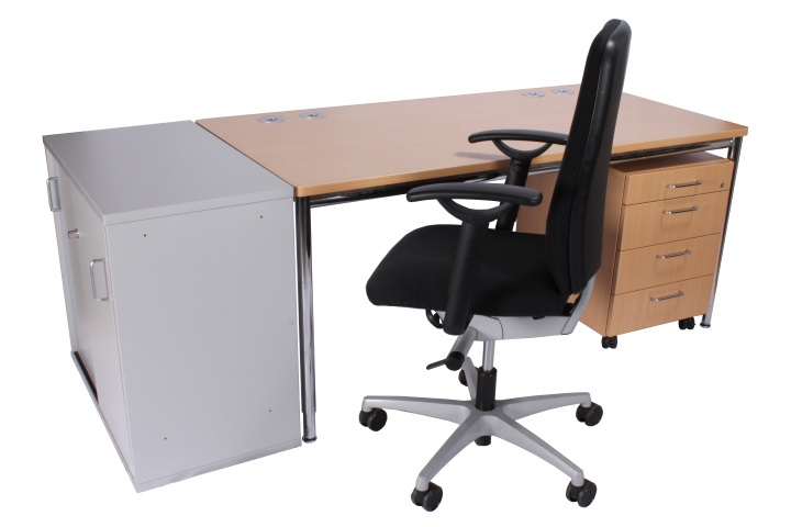 400 Büro-Arbeitplätze frisch eingetroffen